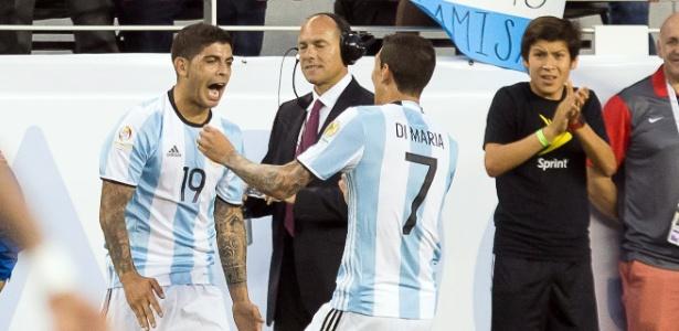 Banega ficará com a camisa 10 de Messi