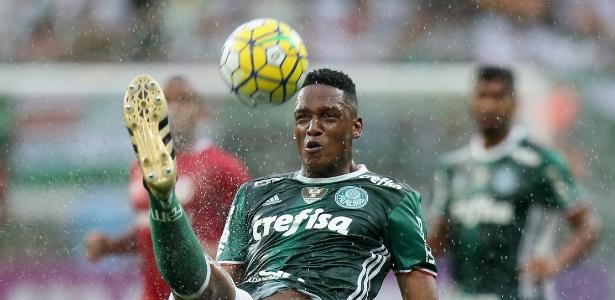 Na análise de Cuca, o Palmeiras não deve contar com Mina no domingo
