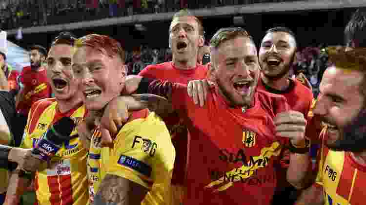 Jogadores do Benevento comemoram acesso à Série A: dois acessos em dois anos - Giuseppe Bellini/Getty Images - Giuseppe Bellini/Getty Images