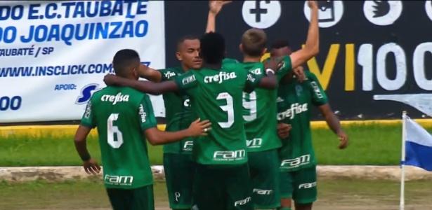 Palmeiras comemora gol marcado sobre o Vasco nas oitavas; quartas terão ingresso pago
