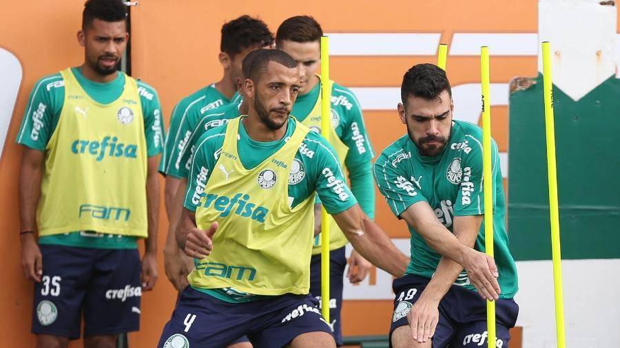Vitor Hugo em treino do Palmeiras na Academia de Futebol - Cesar Greco/Ag. Palmeiras/Divulgação