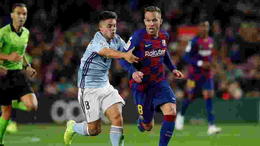 Arthur, do Barcelona, deve completar negociação com a Juventus nos próximos dias - Albert Gea/Reuters