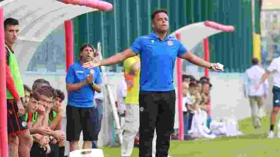 Mancini foi técnico do Foggia, da quarta divisão da Itália. Hoje, ele está à frente do Villa Nova - Divulgação/Foggia
