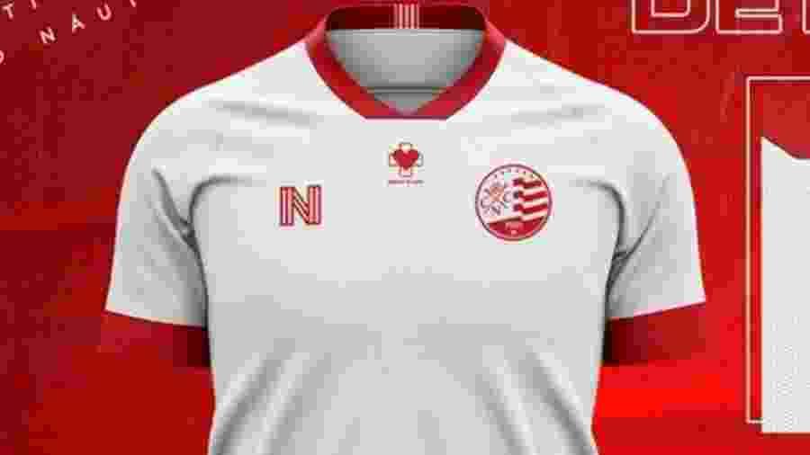 """Camisa traz emblema com a frase """"branco de luta"""" - @nauticope/Twitter"""