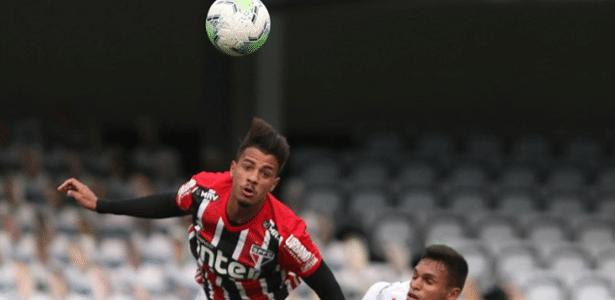 São Paulo   Titular absoluto, Diego Costa quase deixou o futebol