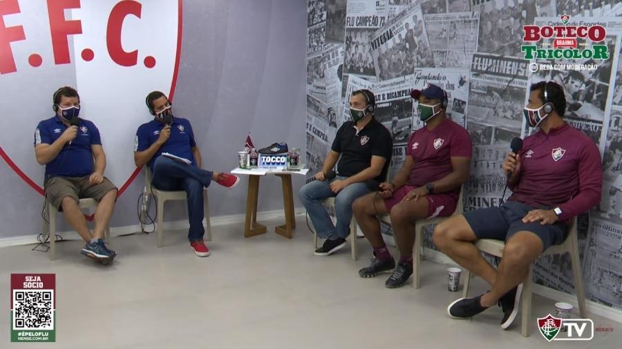 Mário Bittencourt, presidente do Fluminense, o técnico Roger Machado e o atacante Fred participaram de transmissão da FluTV - Reprodução FluTV