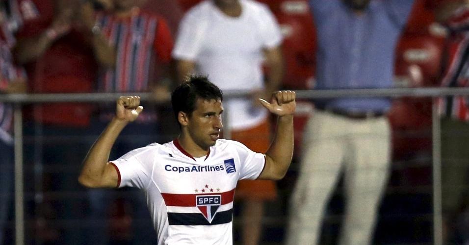 Calleri comemora o seu gol contra o River, na Libertadores