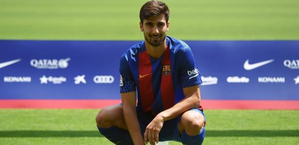 Após ser campeão da Euro, André Gomes está pronto para estrear pelo Barça