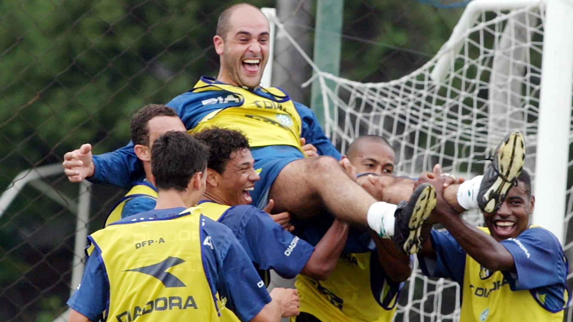 Marcos em treino do Palmeiras em 2004