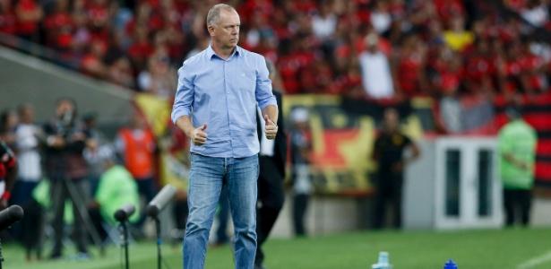 Mano Menezes, técnico do Cruzeiro, irá poupar jogadores pela final da Copa do Brasil