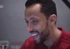 Em vídeo, Nenê 'compra' a nova camisa do SP e anuncia que vestirá a 10