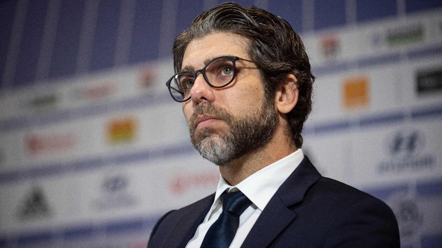 Juninho Pernambucano na entrevista coletiva de apresentação do técnico Rudi Garcia no Lyon - Romain Lafabregue/AFP