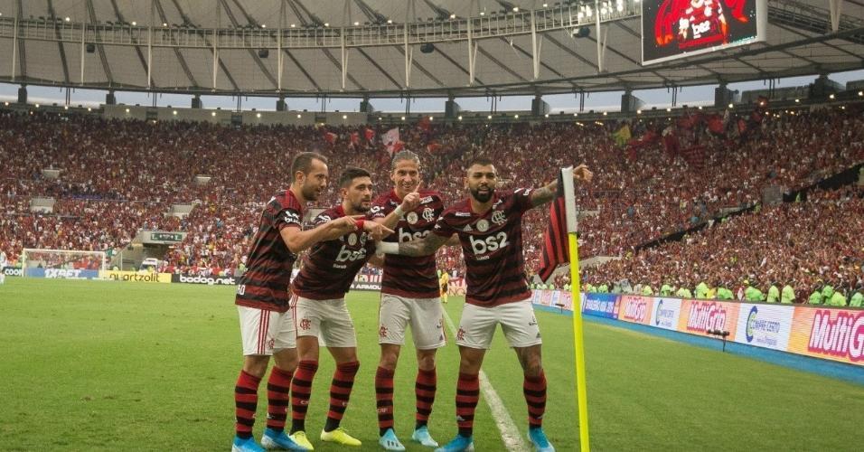 9 - 61.390 pessoas - Flamengo 3 x 0 Palmeiras - 01/09 - Brasileirão - 17ª rodada