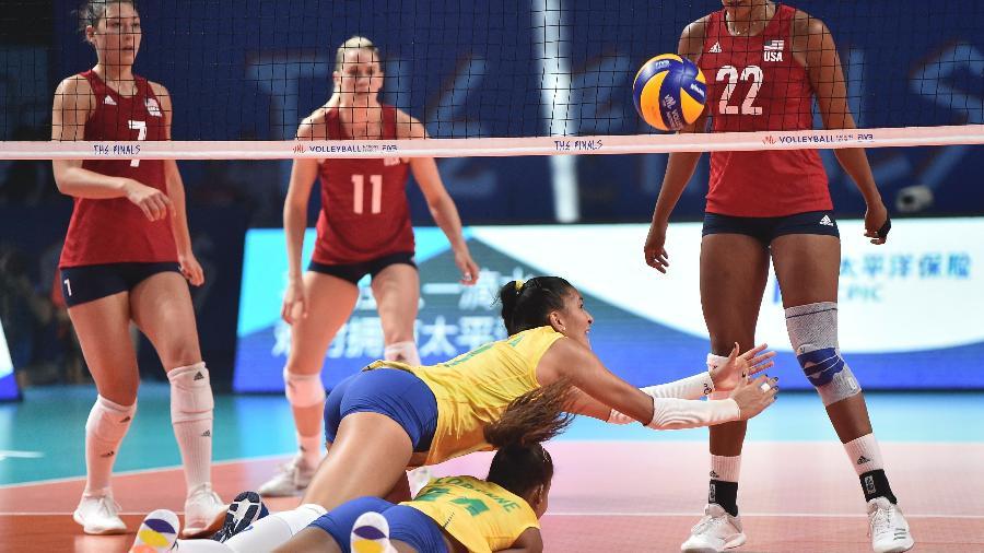 Brasil foi vice-campeão da Liga das Nações de vôlei feminino em 2019; EUA levaram o título - Visual China Group via Getty Images