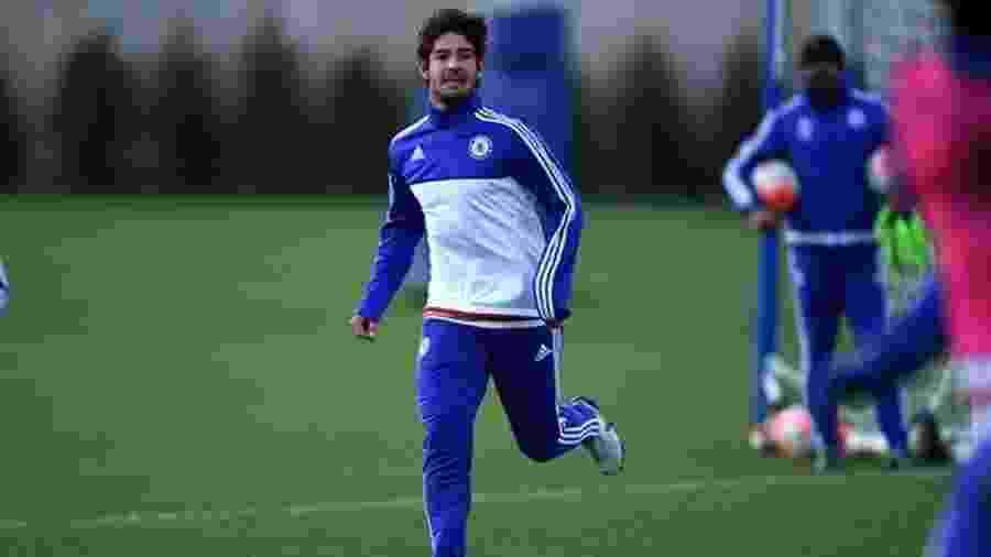 Alexandre Pato, durante treino no Chelsea - Divulgação