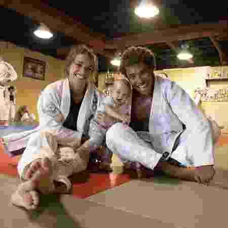 Mackenzie Dern, Wesley Santos e Moa, filha do casal - Reprodução/Instagram - Reprodução/Instagram