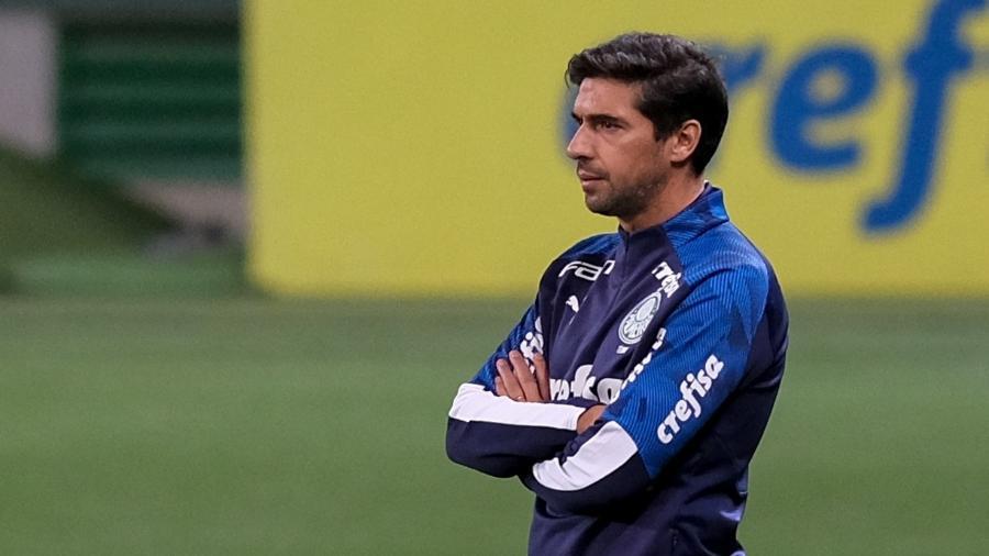 Técnico Abel Ferreira comanda o Palmeiras contra o Red Bull Bragantino, em jogo da Copa do Brasil 2020 - Marcello Zambrana/AGIF