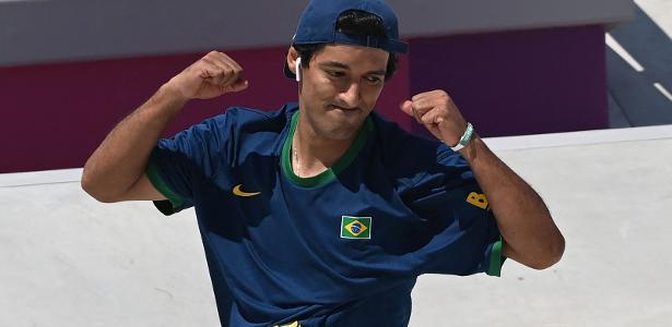 Kelvin Hoefler é prata no skate street; Brasil conquista primeira medalha
