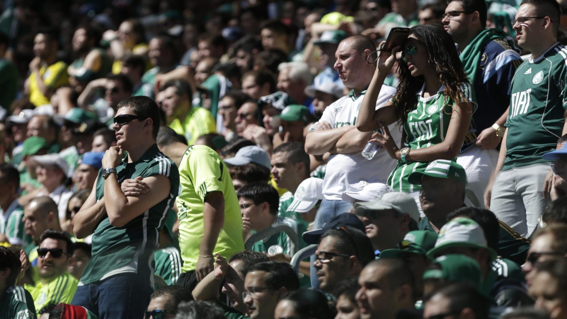 Torcida do Palmeiras comparece ao Allianz Parque para o duelo contra o Atlético-PR
