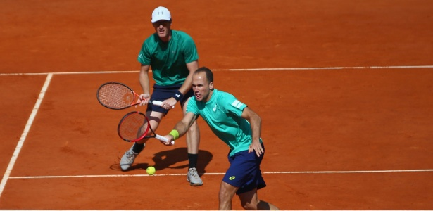 Bruno Soares e Jamie Murray na semifinal do Masters 1.000 de Monte Carlo - Michael Steele/Getty Images