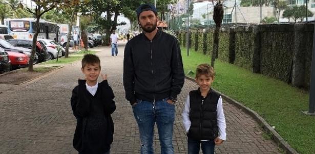 Rafael Sóbis e os filhos Rafinha (à esquerda) e Nicholas