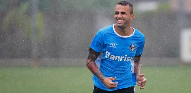 Luan ainda pode deixar o Grêmio nesta ou na próxima janela de negócios