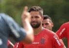 Flamengo encara 1º teste de 2017 enquanto trabalha para fechar elenco