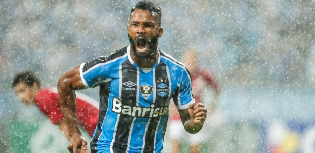 Fernandinho (foto) já tem cinco gols na temporada e virou opção constante no Grêmio