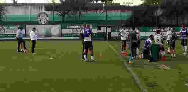 Felipe Melo Omar Feitosa conversam Palmeiras - José Edgar de Matos/UOL Esporte - José Edgar de Matos/UOL Esporte