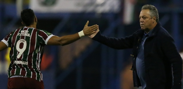 Com Abel Braga, Henrique Dourado (costas) fez 32 gols pelo Fluminense em 2017 - Cristiano Andujar/AGIF