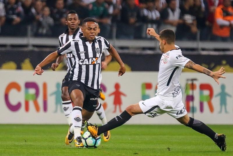 O Atlético-MG, de Elias, precisa de desempenho acima de 60% para chegar à Libertadores via Brasileirão