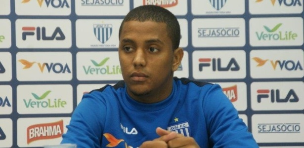 Capa fez 49 jogos com a camisa do Avaí na última temporada