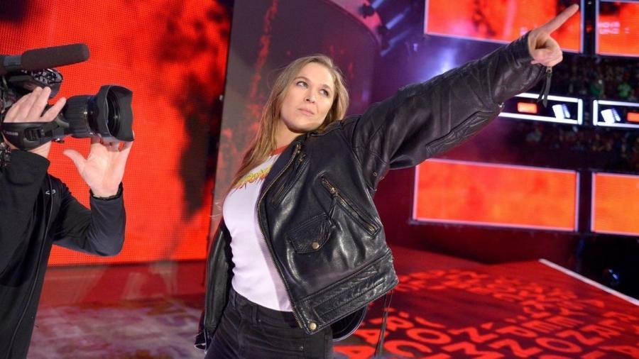 Ronda Rousey aparece no Royal Rumble, evento da WWE - Divulgação/WWE
