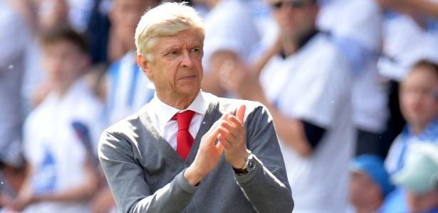 Arsene Wenger critica poder dado às pessoas através das redes sociais - Peter Powell/Reuters