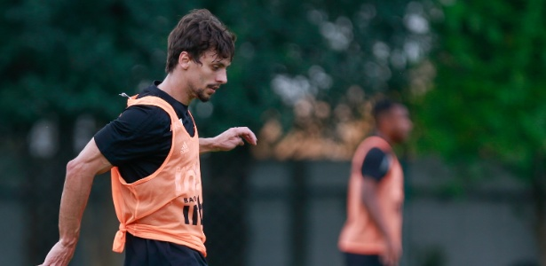Rodrigo Caio deve ser escalado para a vaga de Bruno Alves na partida contra o Vasco - Marcello Zambrana/AGIF