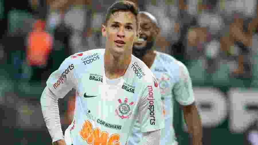 Mateus Vital se tornou titular do Corinthians após a pausa da Copa América e hoje é um dos destaques do time - Marcello Zambrana/AGIF
