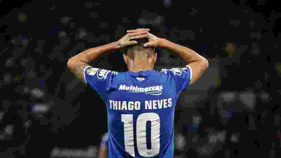 Thiago Neves, jogador do Cruzeiro, foi afastado pelo gestor de futebol Zezé Perrella após aparição em festa - Thomas Santos/AGIF