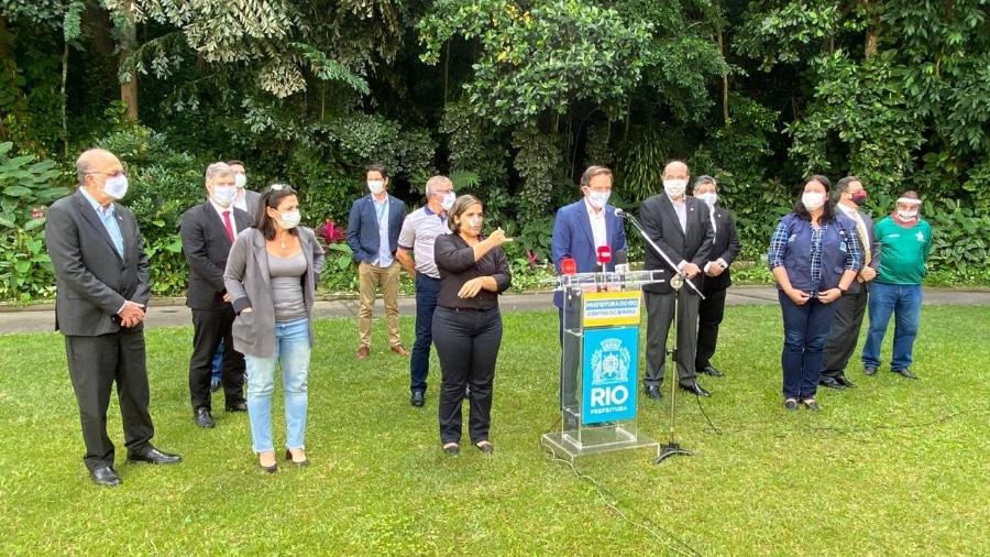 Prefeito Marcelo Crivella teve reunião com representantes dos clubes da Série A do Rio - Caio Blois / UOL