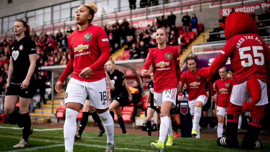 A Premier League fez hoje uma doação de R$ 6,6 milhões para que a liga feminina do país possa retornar - Ash Donelon/Manchester United via Getty Images
