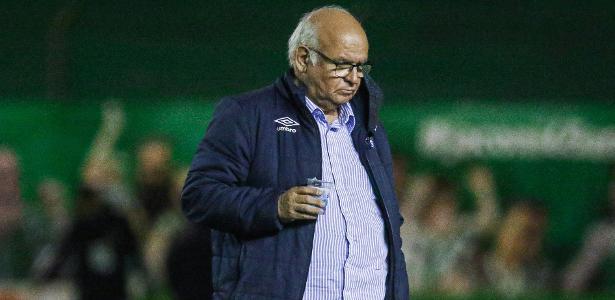 Presidente do Grêmio vê Santos favorito e Jean Pyerre 'melhor do país' - UOL Esporte