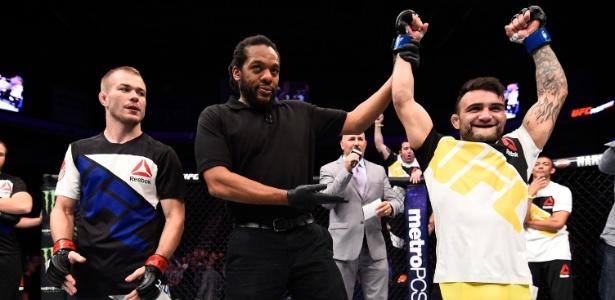 Brasileiro enfrentará o ex-campeão dos galos TJ Dillashaw no UFC 207 - Jeff Bottari/Zuffa LLC/Zuffa LLC via Getty Images