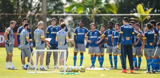 Cruzeiro disponibilizou lista de atletas para o Criciúma pegar emprestado até dezembro