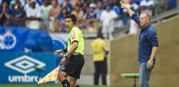 Cruzeiro poderá ter seu treinador à beira do campo diante do Grêmio, no sábado -  Juliana Flister/Light Press/Cruzeiro
