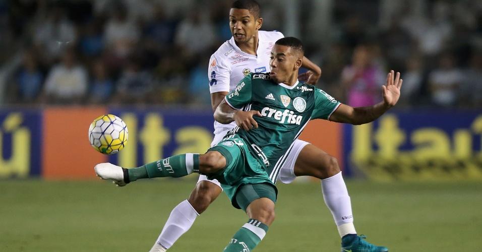 Gabriel Jesus em lance de Palmeiras x Santos