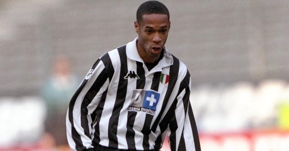 Thierry Henry em ação pela Juventus