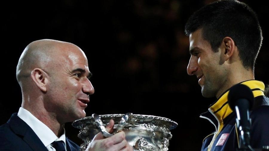 André Agassi é o novo treinador de Novak Djokovic - REUTERS/Daniel Munoz