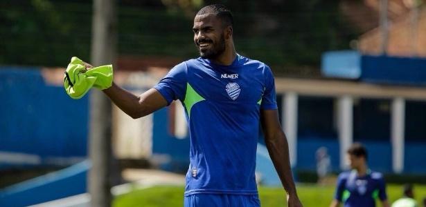 Thales, zagueiro do Inter quando emprestado ao CSA-AL neste ano