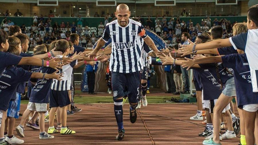 Pablo Guiñazu em ação pelo Talleres, rival do São Paulo na Libertadores - Divulgação