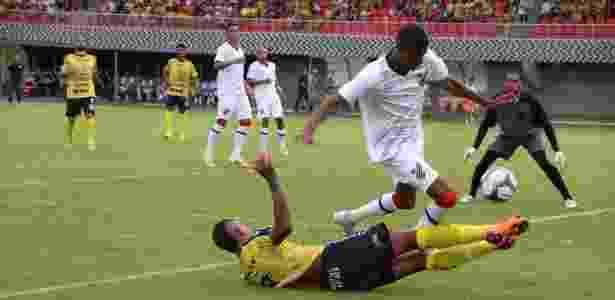 Defesa do Athletico trabalhou mais que o ataque em Cascavel - Sandra Zema/FC Cascavel
