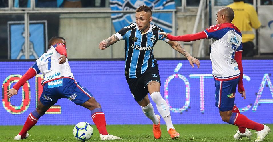 Éverton, durante partida entre Grêmio e Bahia